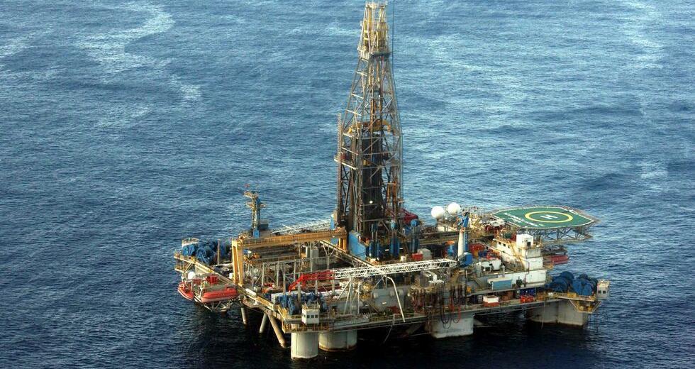 Γκέρχαρντ Σρέντερ: Σταδιακή βελτίωση στις αγορές φυσικού αερίου και την ενεργειακή κρίση
