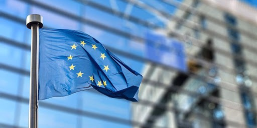 ΕΕ: Εξετάζει το ενδεχόμενο μαζικής αγοράς φυσικού αερίου