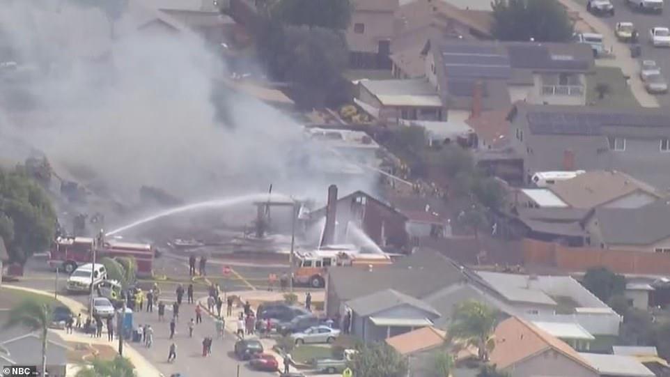 ΗΠΑ – Συνετρίβη αεροσκάφος στο Σαν Ντιέγκο – Υπάρχουν αναφορές για τραυματίες και νεκρούς