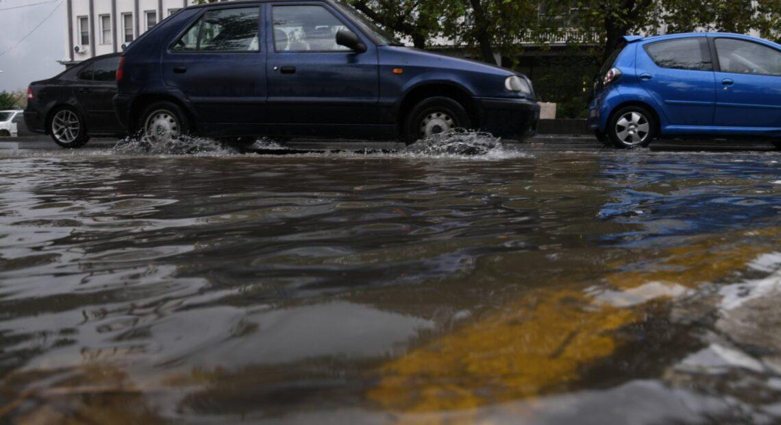Καιρός – Γερμανός μετεωρολόγος προειδοποιεί για κυκλώνες σε Ελλάδα, Τουρκία και Ιταλία