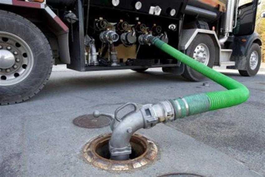 Καύσιμα: Και όμως το πετρέλαιο θέρμανσης έγινε φθηνότερο από το φυσικό αέριο