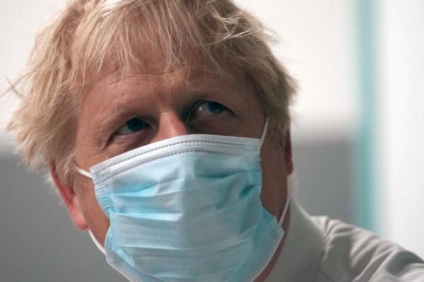Κοροναϊός – «Ιστορική αποτυχία» η αντιμετώπιση της πανδημίας στη Βρετανία