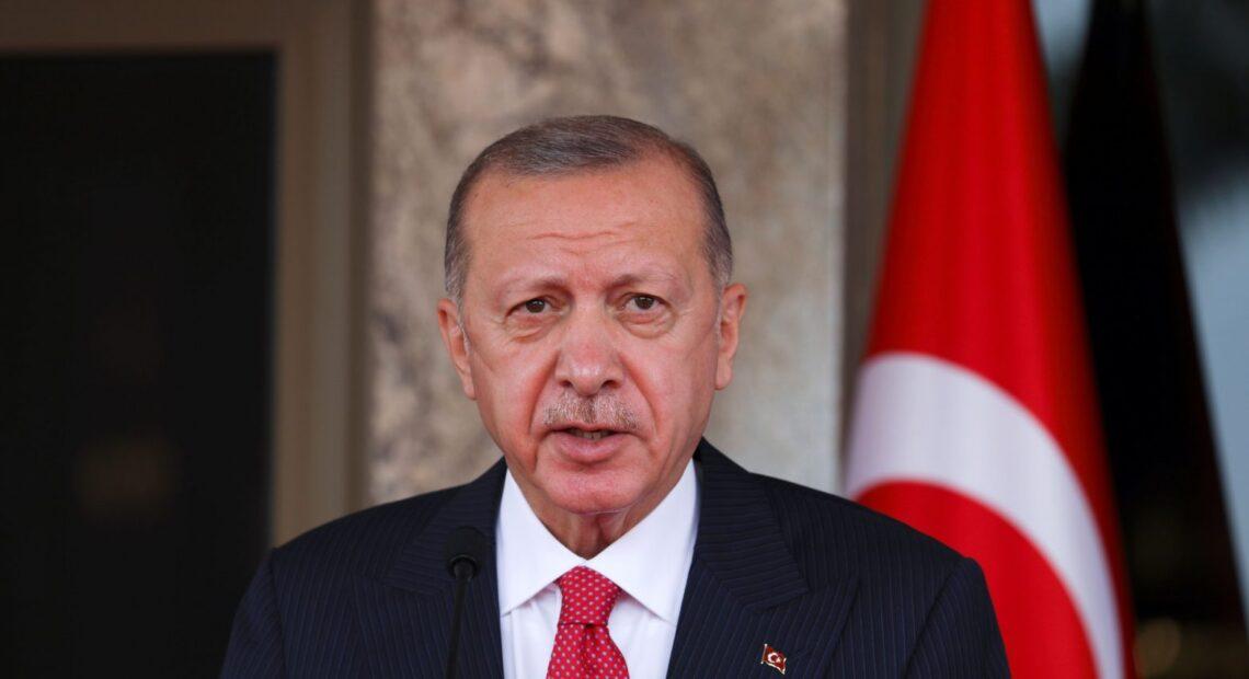 Τουρκία – Δυνατό χαστούκι στον Ερντογάν από νέα δημοσκόπηση – Αρνητικό ρεκόρ… 19ετίας στα ποσοστά του
