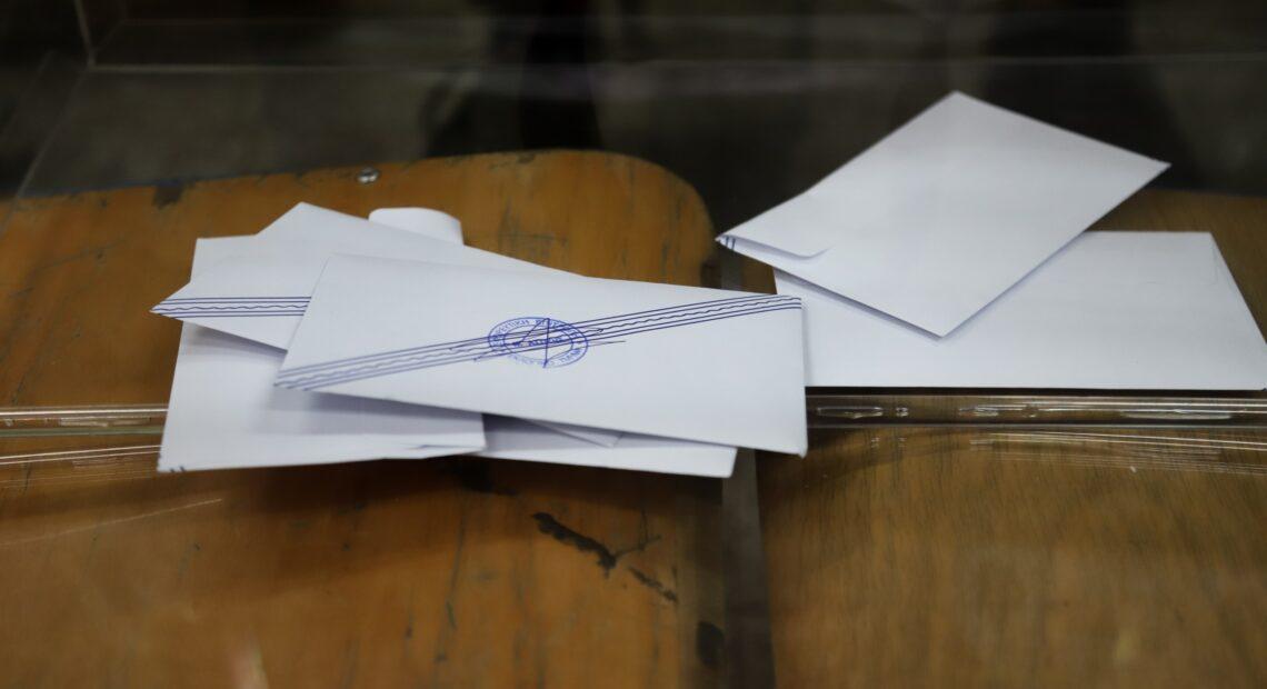 Ψήφος αποδήμων: Ξεκίνησε η εκστρατεία ενημέρωσης για την ψήφο τους με απόφαση Βορίδη