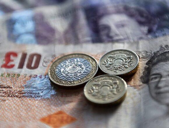 Ebury: Προβληματίζει την ΕΕ η έκρηξη των τιμών ενέργειας – Η ΕΚΤ «στηρίζει» το δολάριο