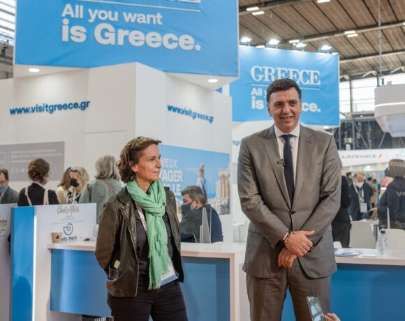 Greece Aiming to Launch 2022 Tourism Season on April 1