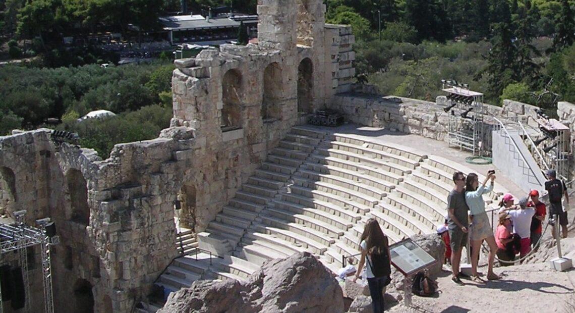 Greece Posts Weak Jan-July 2021 Tourism Revenue