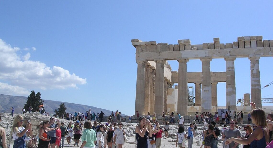Minister Kikilias: Investments Next Step for Greece Tourism Growth