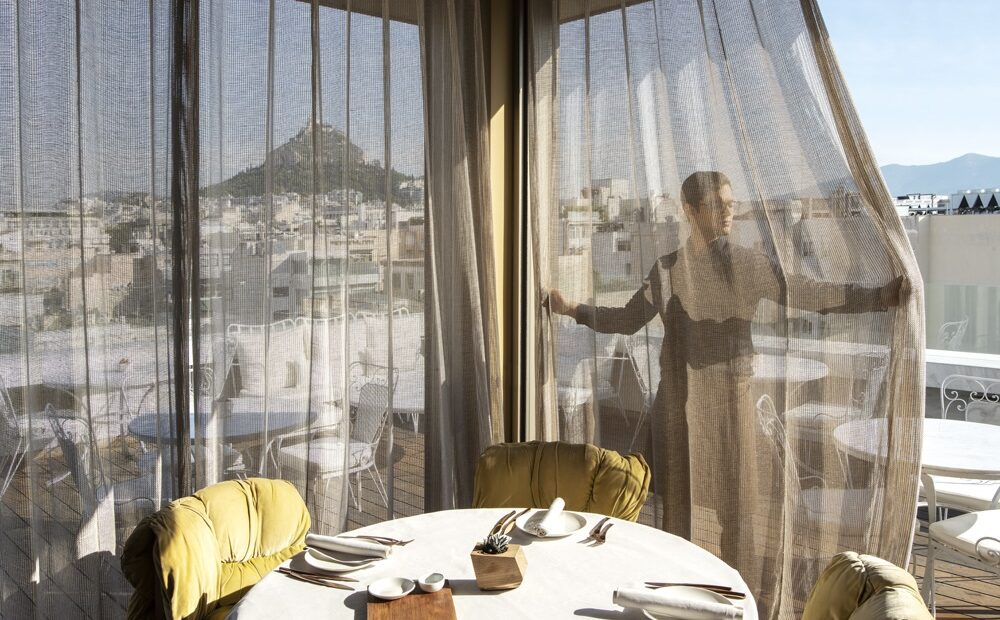 NEW Hotel Puts Weekend Brunch Back on the Menu